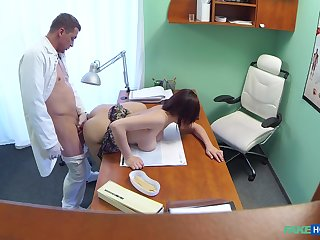 Amateur with big tits, deep sex into the doctor's post