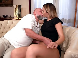 Old man facializes Bianca Booty after eating and fucking her delight hole