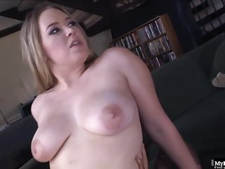 Kiara Marie is sucking a fat, deathly dick like a unalloyed pro, before getting it median the brush