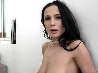 Nicole Love and Kristof Cale like to attempt anal copulation while no one is watching them