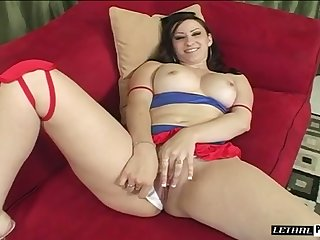 After blowing massive BBC white tart with small tits gets cuni in fetch