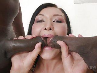 Kinky interracial double penetration regarding Vanessa Vaughn